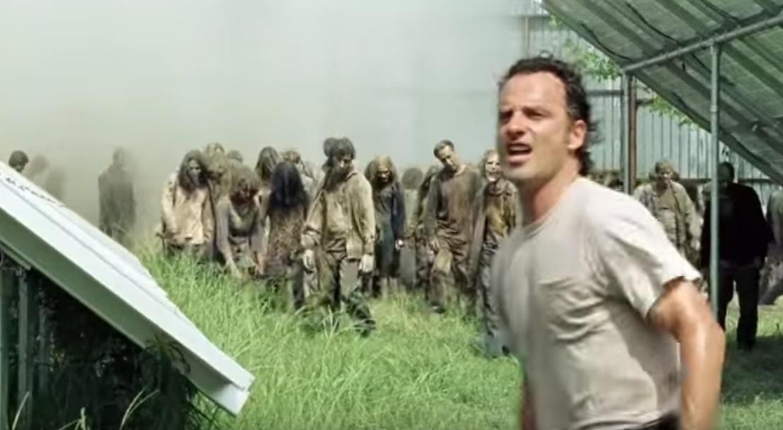Rick flyr från den ovälkomna uppmärksamheten.