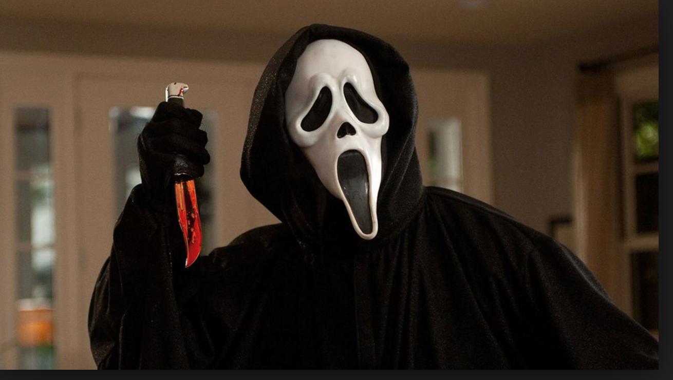 """Ja, den här känner ni väl i gen? Den gamla masken från 90-tals filmen """"Scream""""."""