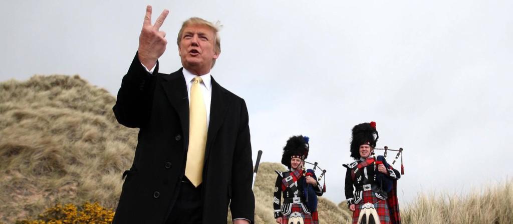 """Det är inget smickrande porträtt av Donald Trump som visas upp i """"Donald Trumps galna värld""""."""