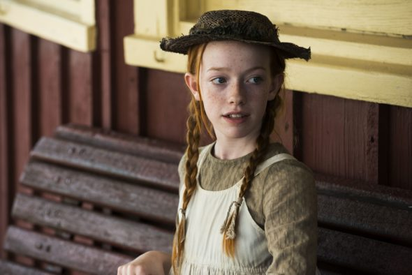 anne-of-green-gables-tv-series-cbc-netflix-season-one-cancelled-renewed-590x394