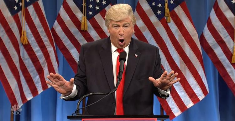 "Alec Baldwin som Trump i ""Saturday night live"". Foto: NBC."