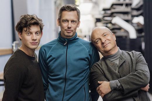 Rasmus Luthander, Simon Kaijser och Jonas Gardell. Foto: Peter Cederling/SVT.